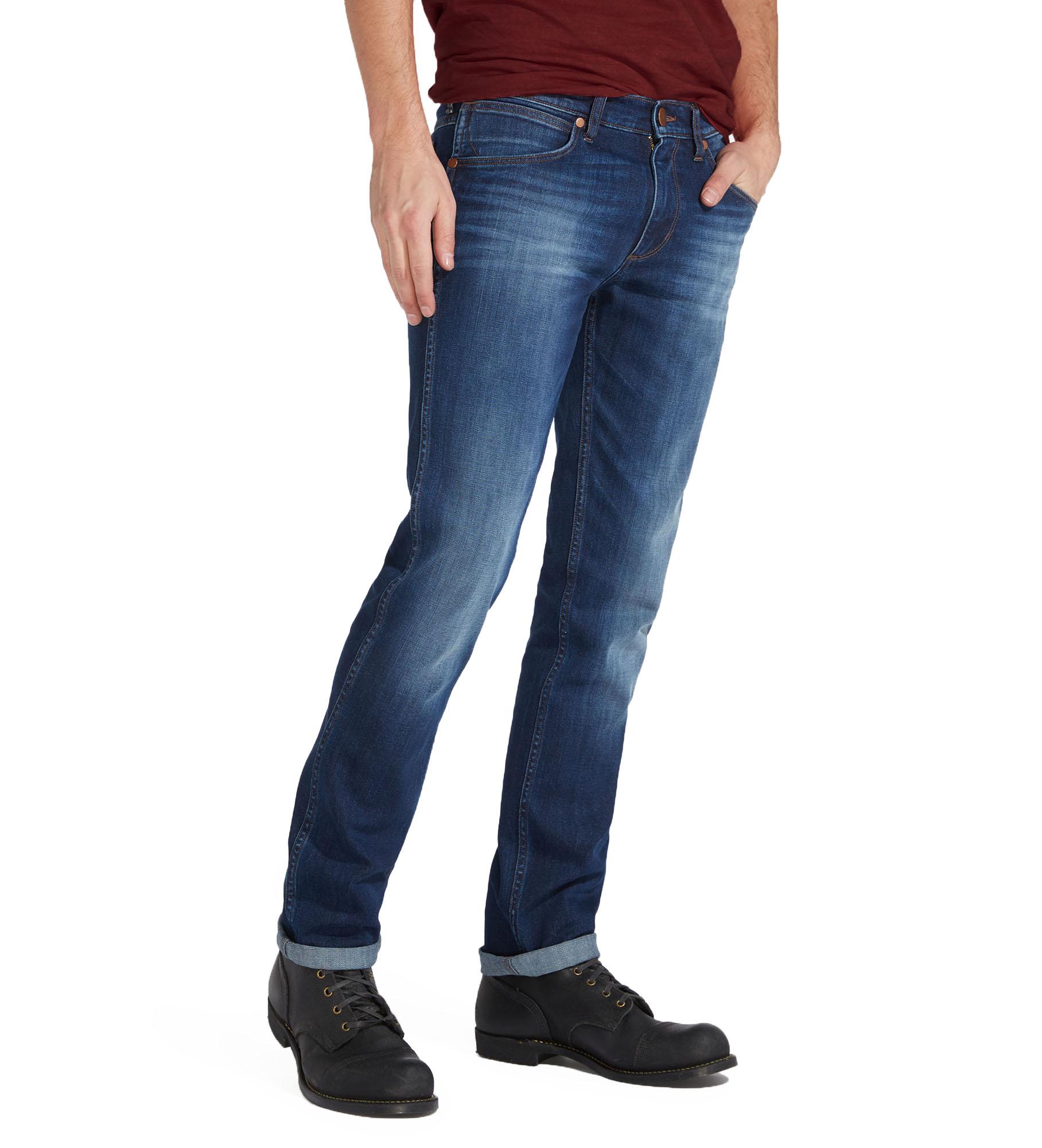 wrangler greensboro regular modern straight tapered stretch jeans blaze denim ebay. Black Bedroom Furniture Sets. Home Design Ideas